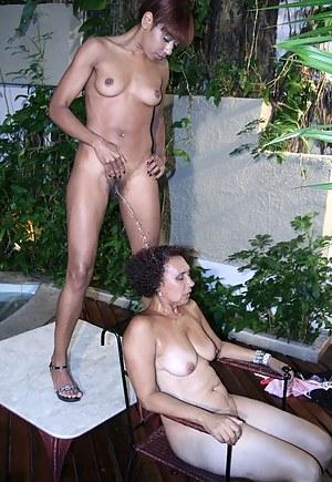 Black Lesbian MILF Porn Pictures