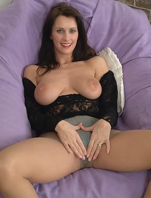 Brunette MILF Porn Pictures
